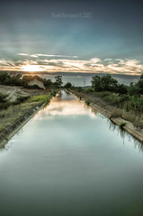 The water path (dsgervasio) Tags: canal coruche sorraia