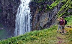 Adelboden Wasserfall (welenna) Tags: adelboden wasserfall switzerland summer water wasser berge berneroberland mountains mountain people leute