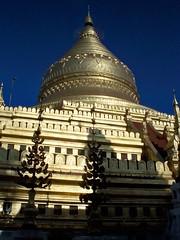 Shwezigon_Paya_ Bagan (14) (Sasha India) Tags: myanmar burma bagan pagan pagoda shwezigon shwezigonpagoda asia buddhism μιανμάρ ταξίδι মায়ানমার ভ্রমণ баган паган бирма мьянма пагода храм буддизм путешествие путешествия подорожі подорож мандри азия մյանմար ճանապարհորդություն ミャンマー 旅行 พม่า การท่องเที่ยว மியான்மார் பயண म्यांमार यात्रा 미얀마