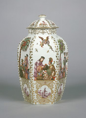 Decoration attributed to Johann Gregor Hroldt; Meissen Porcelain Manufactory Garniture of Five Vases Germany (c. 1730) Hard-paste porcelain, polychrome enamel decoration and gilding; 32.2 x 19.4 cm (12 11/16 x 7 5/8 in.) The J. Paul Getty Museum, Los Ang (medievalpoc) Tags: art history medievalpoc ceramics porcelain johann gregor hroldt meissen manufactory orientalism germany 1700s hard paste
