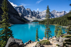 Early morning at Moraine Lake (mzagerp) Tags: road trip usa canada rockies rocheuses etats unis mzagerp banff national park lake louise moraine lac emerald meraude plain six glaciers columbia icefield glacier