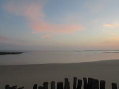 Lever de soleil (Plage du Sillon) (saintmalojmgphotos) Tags: plage saintmalo 35400 35 couch soleil lune coucher mer mare sable brume