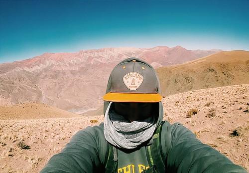 Cuando seguis bloqueado en el mortal kombat por más que estés a 4350 msnm y trataste de correr 300 m de subida y te moriste. QUE HERMOSO ES ARGENTINA  Y aguante @across.the.rainbow . 🌏🌎🌍🌵 . . . . . . . #nature