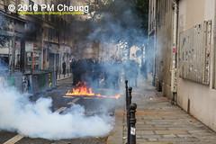 Manifestation pour l'abrogation de la loi Travail - 15.09.2016 - Paris - IMG_8083 (PM Cheung) Tags: loitravail paris frankreich proteste mobilisationénorme cgt sncf euro2016 demonstration manifestationpourlabrogationdelaloitravail blockaden 2016 demo mengcheungpo gewerkschaftsprotest tränengas confédérationgénéraledutravail arbeitsmarktreform lesboches nuitdebout antagonistischenblock pmcheung blockupy polizei crs facebookcompmcheungphotography polizeipräfektur krawalle ausschreitungen auseinandersetzungen compagniesrépublicainesdesécurité police landesweitegrosdemonstrationgegendiearbeitsmarktreform loitravail15092016 manif manifestation démosphère parisdebout soulevetoi labac bac françoishollande myriamelkhomri esplanadeinvalides manifestationnationaleàparis csgas manif15sept manif15 manif15septembre manifestationunitairecgt fo fsu solidaires unef unl fidl république abrogationdelaloitravail pertubetavillepourabrogerlaloitravaille