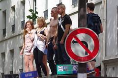 Sens (Juin 2012) (Ostrevents) Tags: gay woman man paris naked nude sens nu bare femme pride busstop sensuality youngman homme torse eroticism chn erotisme valdegrace sensualit arretdebus jeuneshommes ostrevents