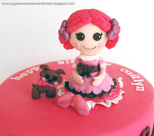Lalaloopsy Cake - Toffee Cocoa Cuddles (closeup)