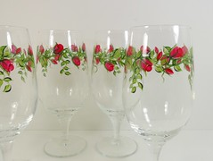 Red Rose Water Goblets Hand Painted Set of 4 (Painting by Elaine) Tags: red roses kitchen glass glasses painted beverage rosebud handpainted goblets goblet glassware waterglass paintedglass paintedflowers handpaintedglass handpaintedglassware handpaintedglasses paintedglasses glasssware paintedglassware beverageglasses icedteaglasses paintedwineglass paintingbyelaine