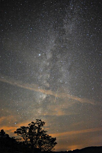 Perseid in Milky Way