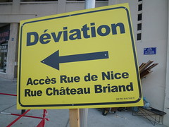 "Diversion (déviation) sign in Marseille: ""Château Briand"" (John Steedman) Tags: france sign marseille frankreich frankrijk francia フランス massilia 法国 马赛 馬賽 マルセイユ"