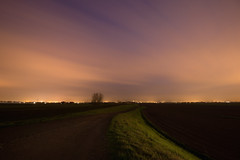 Luci all'orizzonte (Lo Zatto) Tags: nikond600 tramonto twilight sunset sp253 sanvitale medicina strada road sterrato offroad luci lights