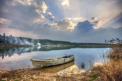 Last rays (Nejdet Duzen) Tags: turkey turkei trkiye sandal boat sunset gnbatm cloudy bulutlu lake gl reflection yansma fishing balklk manisa glmarmara travel seyahat