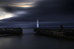 Into the Forth (willie485) Tags: harbour seascape sea coast edinburgh newhaven