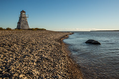 Hecla Lighthouse (Mr. Gee) Tags: 2016 canon hecla heclaisland manitoba lighthouse shore