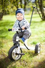 Tricycle (Vexix) Tags: tricycle child