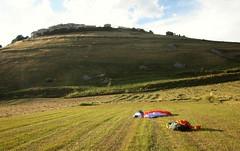 IMG_5579 (mlandmann) Tags: gleitschirm paragliding castelluccio