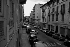 (60anhour) Tags: nice vieuxnice oldnice france europe life urban city btiment btiments immeubles immeuble voitures voiture vhicule vhicules moto scooter lampadaire lampadaires fentres fentre volets ruelle route calme quotidien daily everyday calm peace road way little street back alley passage shutter lamp car apartment appartement appartements building block flats foyer inmueble edificio apartamentos farol lmpara callejn callejuela travesa vehculo escter