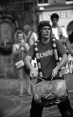 Drummer (LomographLadyGrey.18mod) (AngusInShetland) Tags: edinburgh edinburghfestivalfringe thefringe edinburghfestival royalmile minolta minoltadynax7000i maxxum canoscan5600f lomographladygrey