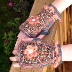 Upcycled Vintage wool fabrics Mitts (Kiwi Little Things) Tags: