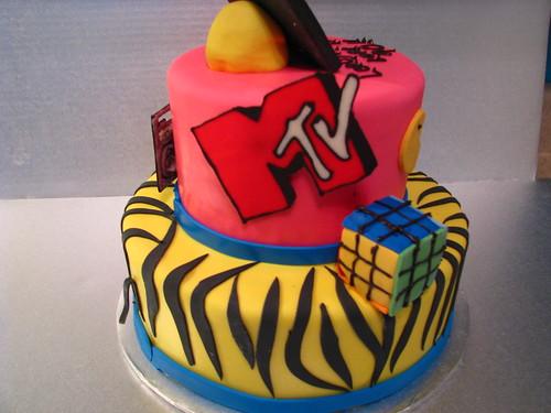 80's cake detail