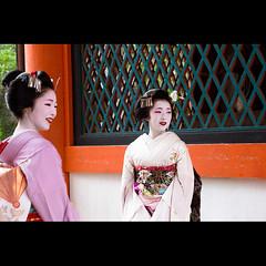 (Masahiro Makino) Tags: japan photoshop canon eos kyoto maiko adobe   tamron f28 yasakashrine lightroom  miyagawacho   1750mm 60d toshikana  toshimana  20120707161544canoneos60dls640p