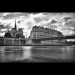 Back of Notre Dame (Zed The Dragon) Tags: winter light sunset bw white black paris france seine architecture photoshop 35mm reflections pose french geotagged effects photography iso100 photo long exposure flickr noir minolta photos sony hiver f100 nb notredame full exposition frame nd fullframe alpha blanc reflets quai postproduction hdr highdynamicrange sal zed virginie 2012 francais lightroom historique effets quais storia longue parisien photomatix 24x36 0sec a850 sonyalpha nd1000 hpexif dslra850 alpha850 zedthedragon mosaique2012bz