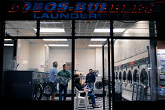 Bobos Bubbles ([SpAb]) Tags: uk england london window unitedkingdom laundry laundromat earlscourt londra launderette londoner anightout