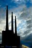Contraluz en  la Central térmica del Besós (Atarugá) Tags: puerto catalonia catalunya bella industria fantástica impresionante construcciones sorprendente puertoolimpico interesantísimo conmovedora barcelonaciudad centraltérmicadelbesós