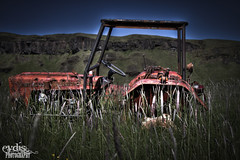 Forgotten (eydis) Tags: mountain tractor abandoned grass car iceland traktor country forgotten vehicle lonely kirkjubjarklaustur sveit eyi hlmur