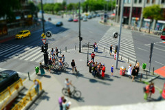 Tilt (jev55) Tags: nikon budapest tiltshift tilt shift family people city busy small toys