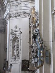 Statues in parish church, Valtice, Czechia (Paul McClure DC) Tags: valtice czechia czechrepublic historic aug2016 moravia feldsberg břeclav architecture church sculpture lednickovaltickýareál jihomoravskýkraj