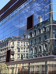 #Lyon en #France  Reflection on a glass building: there is no quarrel between ancient and modern ... #reflection #street #building #town #rhonealpes (cordier38) Tags: lyon france reflection street building town rhonealpes