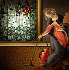 The Virgin Mary in Nazareth (jaci XIII) Tags: virgemmaria casa nazar aspirador pessoa mulher virginmary house cleaner nazareth person woman