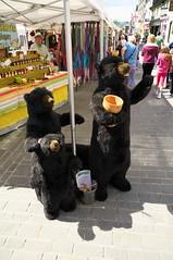 Three Bears (kh1234567890) Tags: bear stuffed pentax market 1855mm keswick k7 smcpentaxda1855mmf3556alwr smcpda1855mmf3556alwr