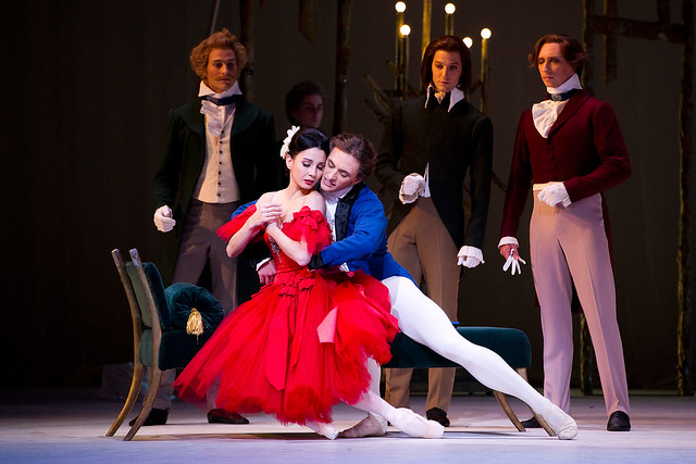Tamara Rojo and Sergei Polunin in Marguerite and Armand. ©ROH/Tristram Kenton 2012