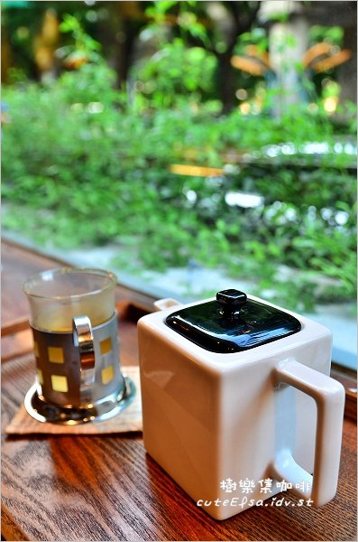 【台北民族西路】樹樂集咖啡@藝文.樂團表演讓咖啡館很有特色,近圓山站