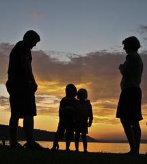 IMG_1870 (Truus) Tags: zonsondergang bodensee mensen geweldig kleuren