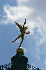 Bastille (Mr. Emagal) Tags: sky sculpture cloud paris angel canon gold nuvole cielo angelo bastille statua oro parigi placedelabastille 550d mremagal