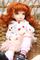 IMG_2599 (Yarn Candy / Mistress_Of_Burden) Tags: green small kitty mini mohair kawaii fl freckles dollfie luts fairyland doa lutz ltf yosd leekeworld denofangels redstrawberry dollga littlefee