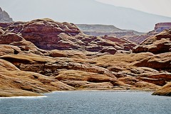 GLEN CANYON (bydamanti) Tags: water landscapes utah lakepowell glencanyon rocksandgeology lakesrivers utahlandscapes rocksrocksrocks 1802000mmf3556 mountainscanyons