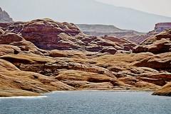 GLEN CANYON (PHOTOGRAPHY|bydamanti) Tags: water landscapes utah lakepowell glencanyon rocksandgeology lakesrivers utahlandscapes rocksrocksrocks 1802000mmf3556 mountainscanyons