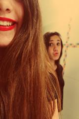 Tami and me (Florencia Perrone) Tags: girls portrait smile fashion eyes smiles indoor lipstick