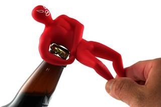 摔角手開瓶器,讓您忍不住多喝幾杯 !