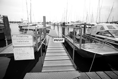 Privat (frontlefteye.com) Tags: harbor blackandwhite constance germany