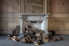 Burn after reading (Cyber House) Tags: burnafterreading cyberhouse books fireplace urbex ue belgium decay abandoned empty nikon hdr photomatix