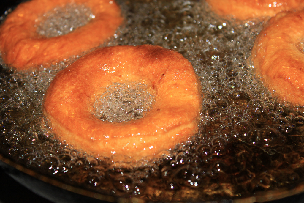 Donuts-Fried-in-Pan_Hot-Oil-Bubbling__31 by Public Domain Photos, on Flickr
