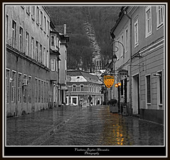 Brasov - early morning rain (V Bogdan) Tags: street morning light white black blanco rain yellow jaune reflections licht early calle europe strada noir pavement pizza amarillo gelb romania lonely alb february rue solitary morgen blanc schwarz regen brasov aman reflejos solitaire ud februar pflaster reflexionen einsam laluz fvrier frh pav weis    dimineata   lematin galben ploaie negru strase  lalumire lapluie alprincipio unhomme reflexii porlamaana rflexions lalluvia  unhombre einmann pavaj audbut devreme exoticimage   negrosolitario pavimentodefebrero