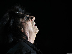20120808_32 Alice Cooper at Liseberg | Gothenburg, Sweden (ratexla) Tags: show life people musician music man men guy celebrity rock musicians gteborg person concert europe artist tour rockstar sweden earth live famous gothenburg gig performance guys dude entertainment human liseberg artists rockroll horror shock celebrities sverige celebs rocknroll musik dudes scandinavia celeb humans scandinavian konsert 2012 alicecooper goteborg tellus homosapiens organism storascenen photophotospicturepicturesimageimagesfotofotonbildbilder notintheeternityset canonpowershotsx40hs 8aug2012