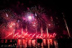 Feux d'Artifice @ Fetes de Geneve (Christophe Losberger (sitatof)) Tags: longexposure night lights switzerland geneva fireworks lumiere nuit nocturne ch feuxdartifice pyrotechnics fetesdegeneve pyrotechnique pyromlodique christophelosberger sitatof