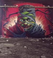 Wake up the dead (Fat Heat .hu) Tags: abandoned graffiti mummy cfs fatheat