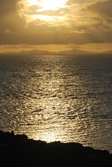 Sunset over The Minch, Neist Point, Isle of Skye, Scotland (Peter (Fernilea Photography)) Tags: sunset lighthouse sunrise scotland isleofskye cuillins cuillin carbost glenbrittle portnalong sgurrnangillean minginish fernilea skyebridgesligachan